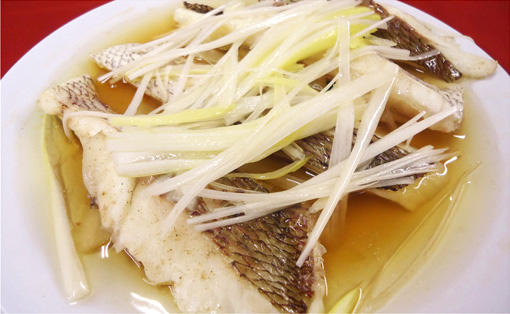鯛の中華風蒸し物