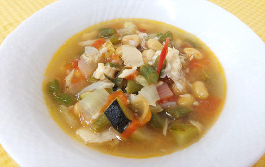 夏野菜と鯛出汁ミネストローネ