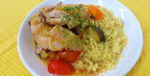 コムラの南蛮味噌de鶏手羽と季節野菜のシチュー クスクス添え